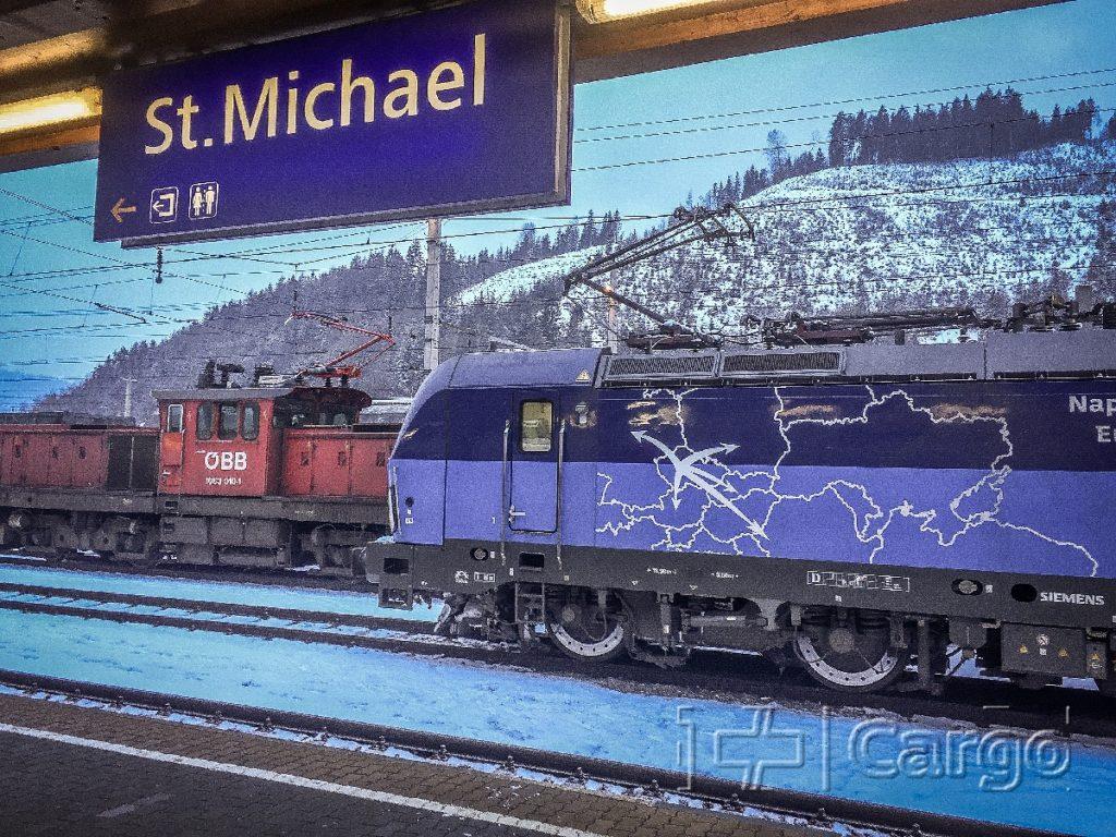 Erster Zug