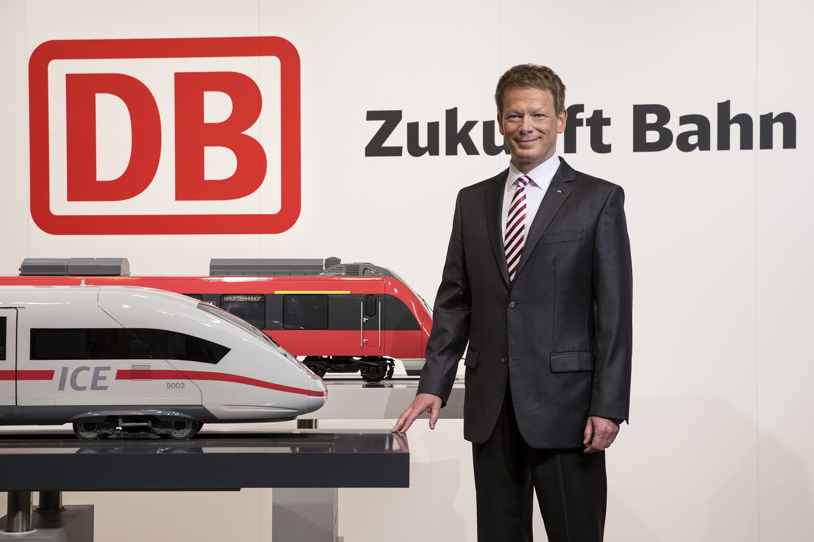 DB Schenker grows in air, ocean freight and contract logistics