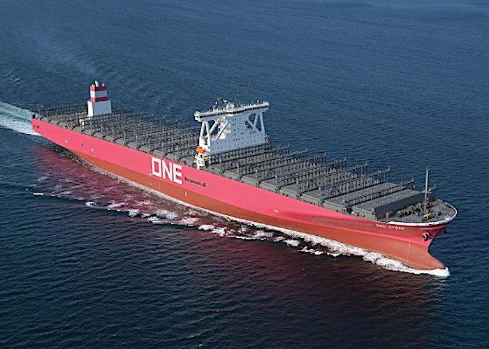 Erstes Containerschiff in der ONE-Unternehmensfarbe geliefert