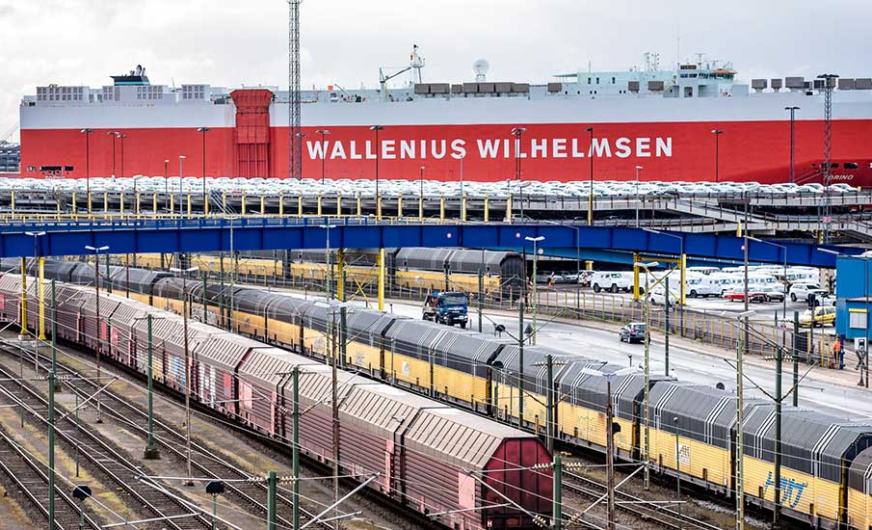 Fünf Prozent mehr Zugaufkommen in den bremischen Häfen