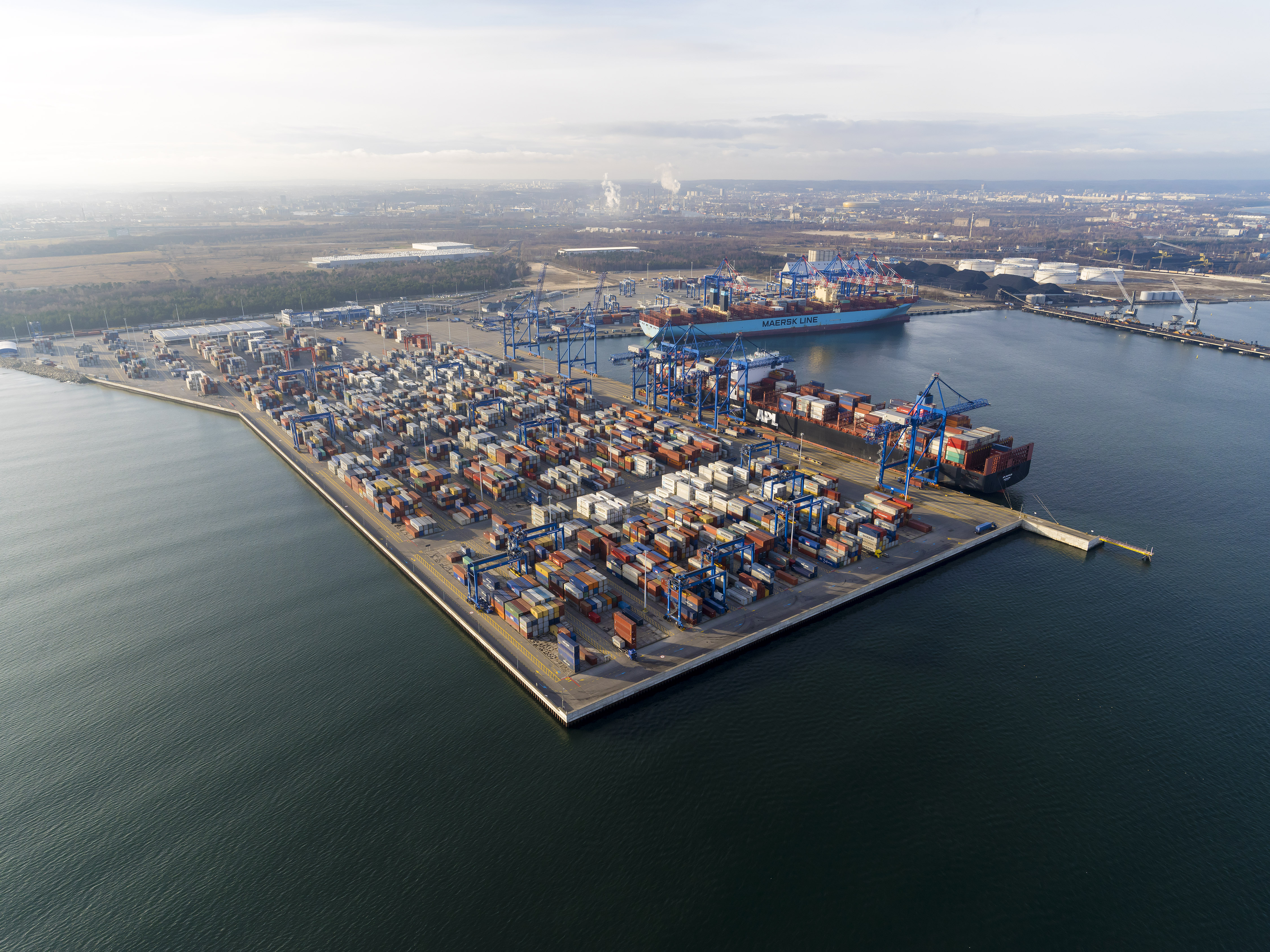 PSA, PFR and IFM to acquire DCT Gdańsk in Polend