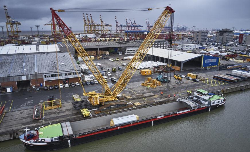600-Tonnen-Raupenkran auf dem BLG AutoTerminal Bremerhaven