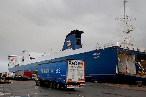 Neue Frachtverbindung von Calais (Frankreich) nach Tilbury und London