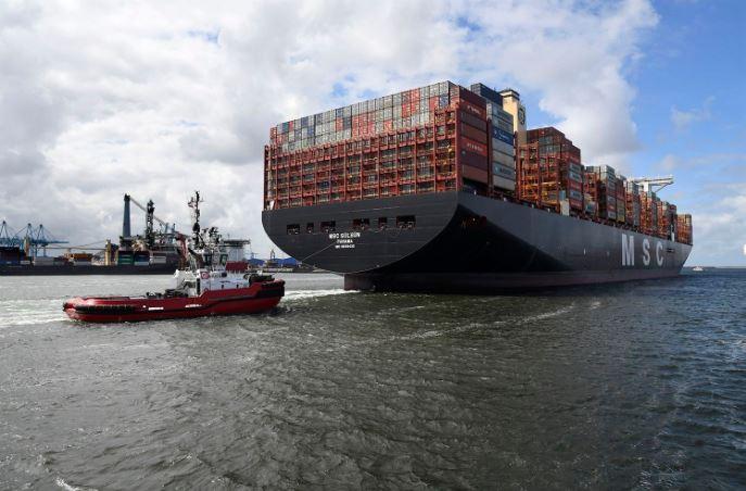 Das größte Containerschiff der Welt erreicht den Hafen Rotterdam