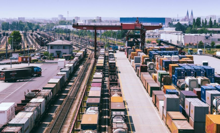 Kombiverkehr KG verstärkt UKV-Kooperation mit Rail Cargo Operator