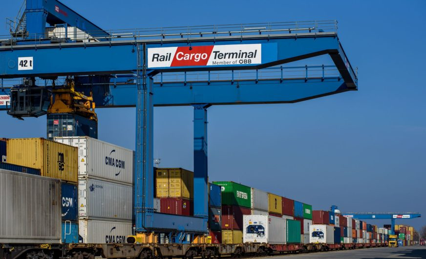 China's Cosco acquires stake in Rail Cargo Terminal-BILK