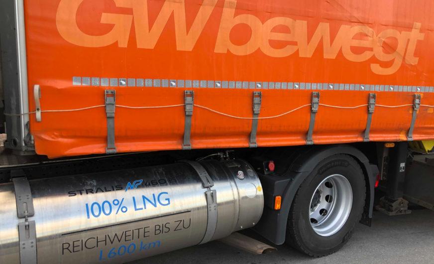 Gebrüder Weiss drives five gas-powered trucks already