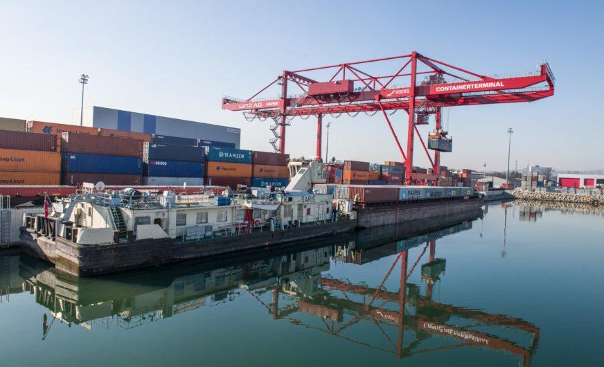 Hafen Linz bestellt neuen Containerkran von Künz
