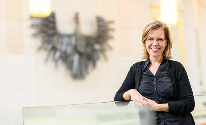 Bundesministerin Gewessler verzückt die österreichische Logistikbranche