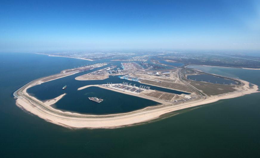 Hafen Rotterdam büßte im ersten Halbjahr im Segment Container 527.000 TEU ein