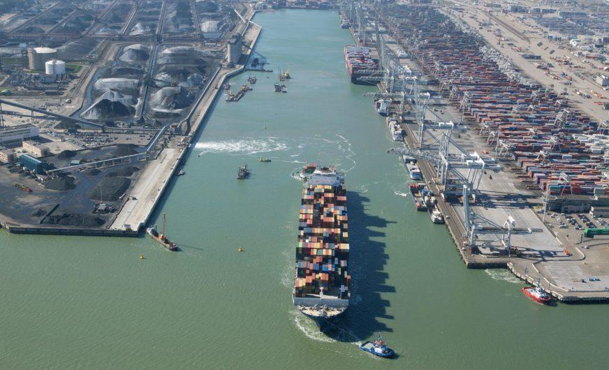 Rotterdam macht Amazonehaven fit für Mega-Containerschiffe
