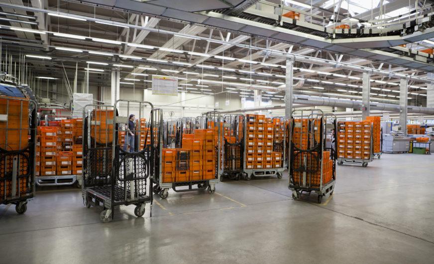 Intelligente Sensoren für 40.000 Rollbehälter der Österreichischen Post