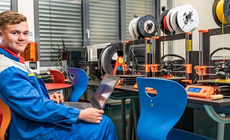 ÖBB-Lehrlinge bauen Ersatzteile für Autoreisezüge