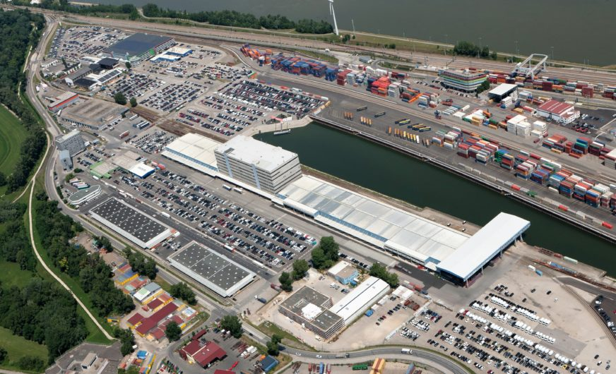 Erneut ein spektakulärer Umschlag im Hafen Wien