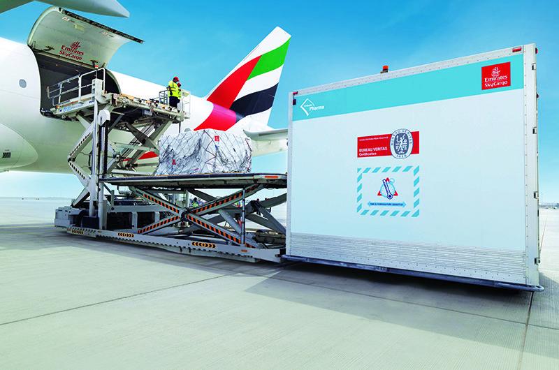 Emirates fliegt fünf Prozent aller Covid-19-Impfstoffe